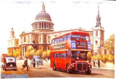 Routemaster passing St Paul's